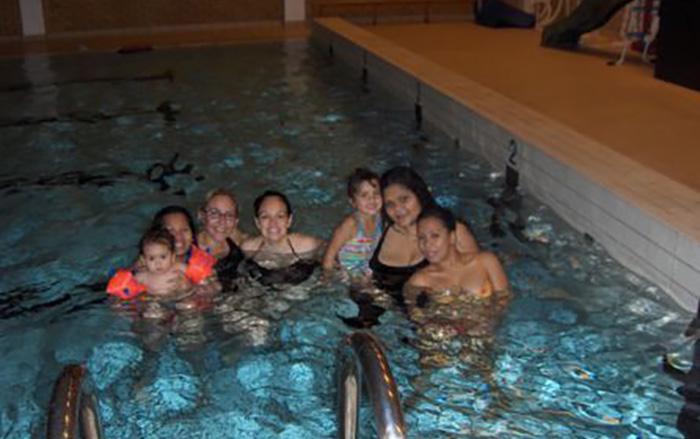 Flerkulturelle svømmegrupper i Sørum